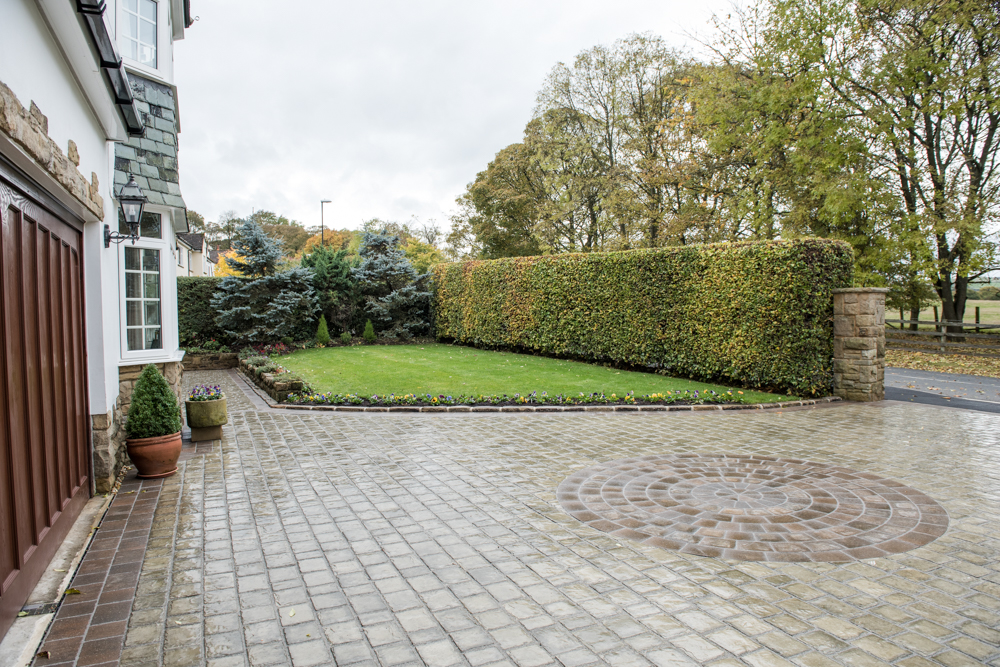yorkshire-pro-paving-guiseley-drive-way-low-res45