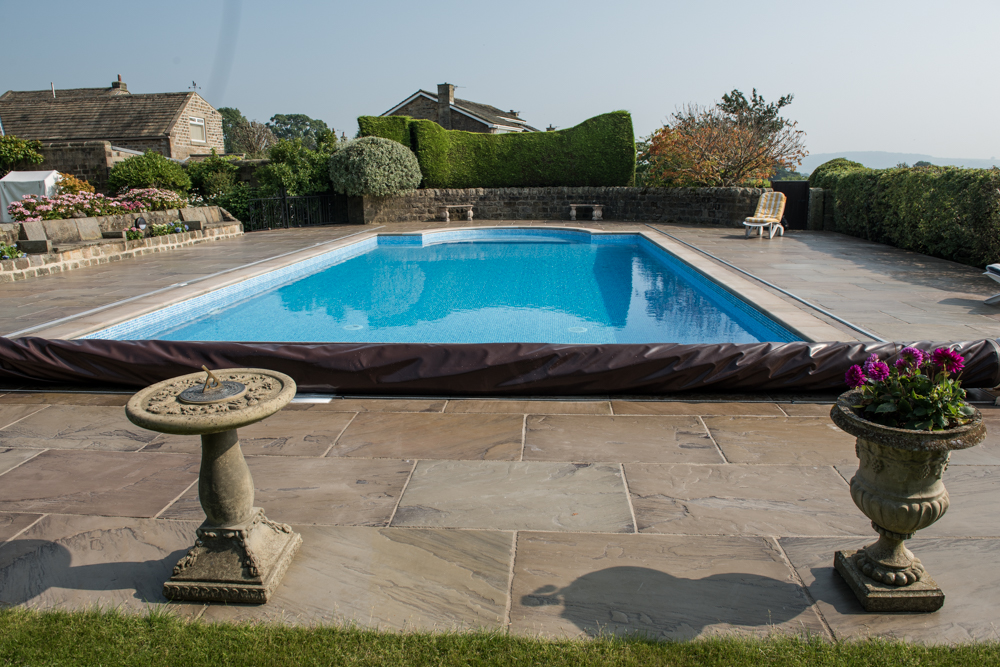 yorkshire-pro-paving-swimming-pool-askwith-jane-beadnell-photography-sml10