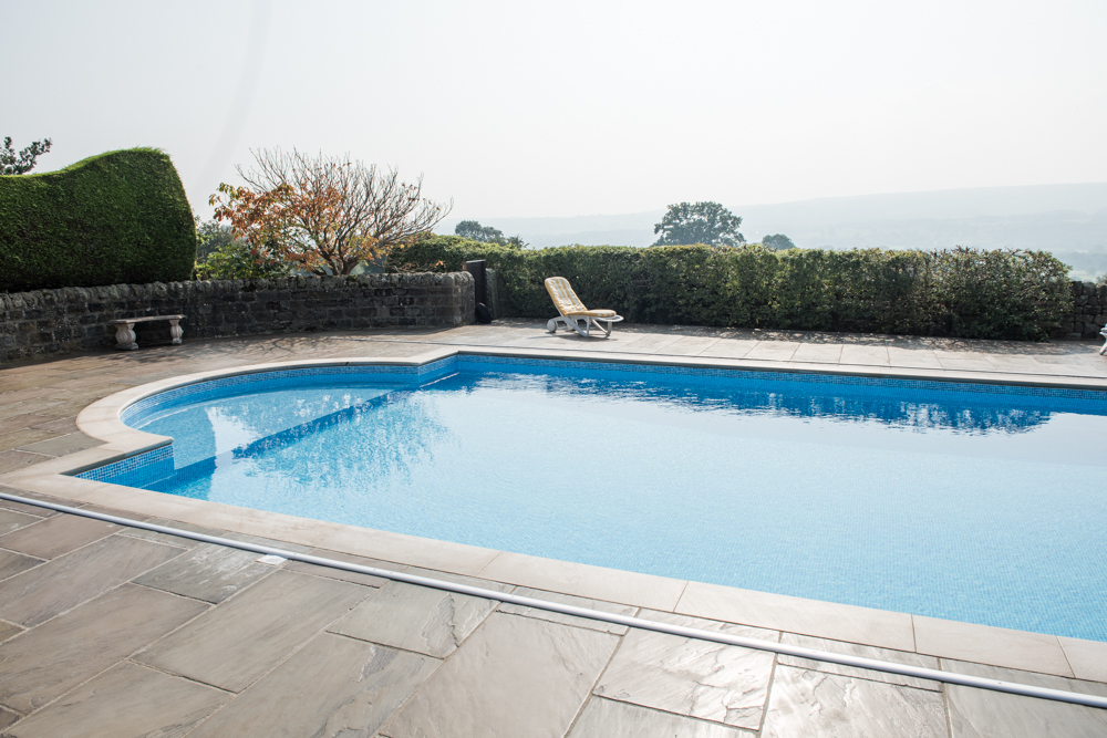 yorkshire-pro-paving-swimming-pool-askwith-jane-beadnell-photography-sml13
