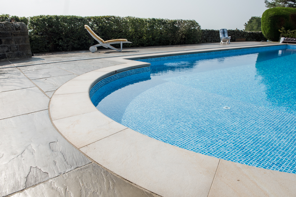 yorkshire-pro-paving-swimming-pool-askwith-jane-beadnell-photography-sml18