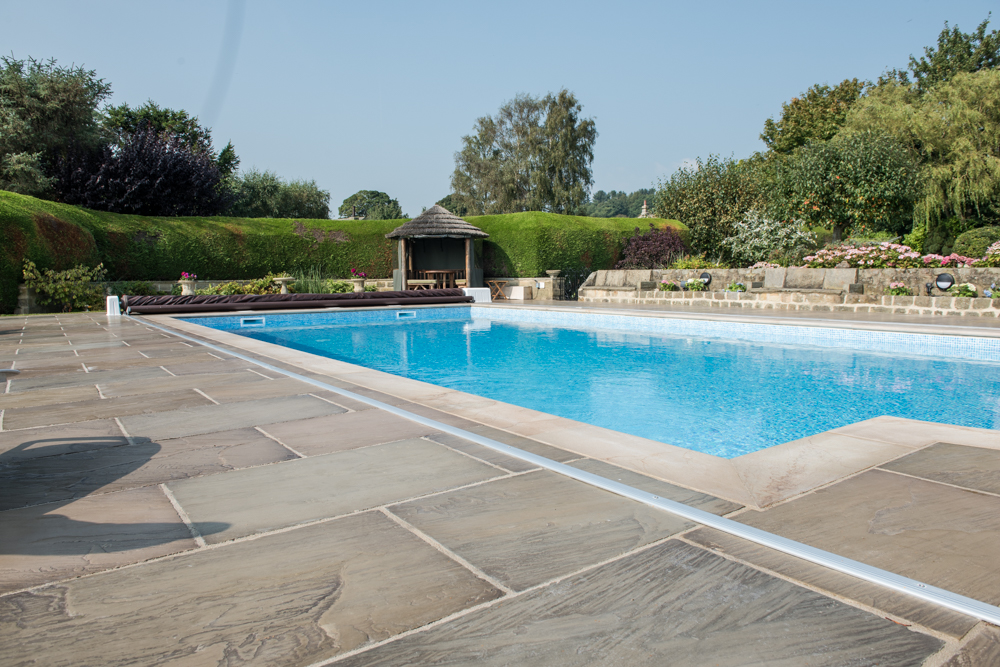 yorkshire-pro-paving-swimming-pool-askwith-jane-beadnell-photography-sml20