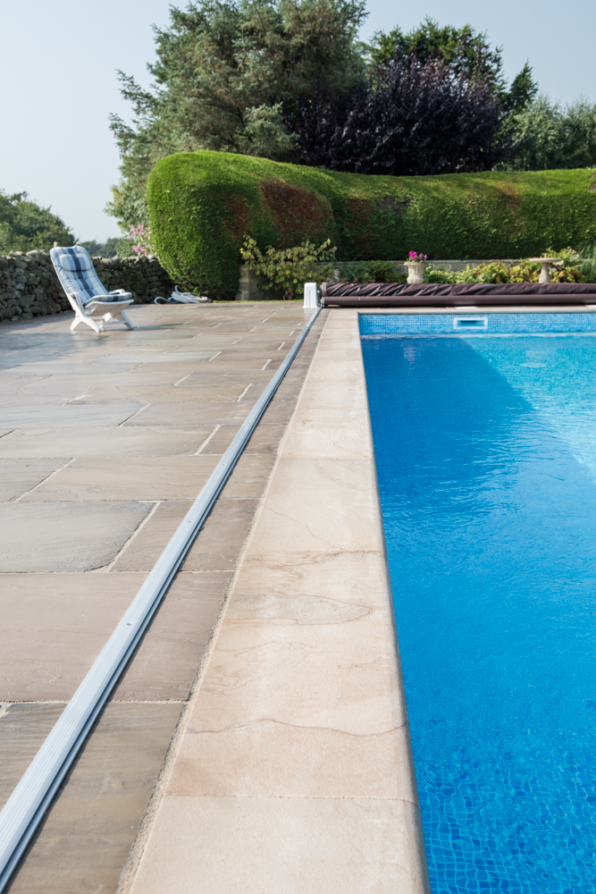 yorkshire-pro-paving-swimming-pool-askwith-jane-beadnell-photography-sml22