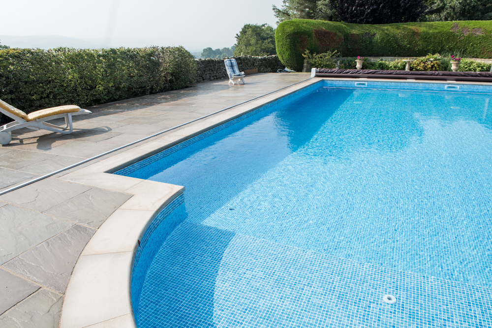 yorkshire-pro-paving-swimming-pool-askwith-jane-beadnell-photography-sml23