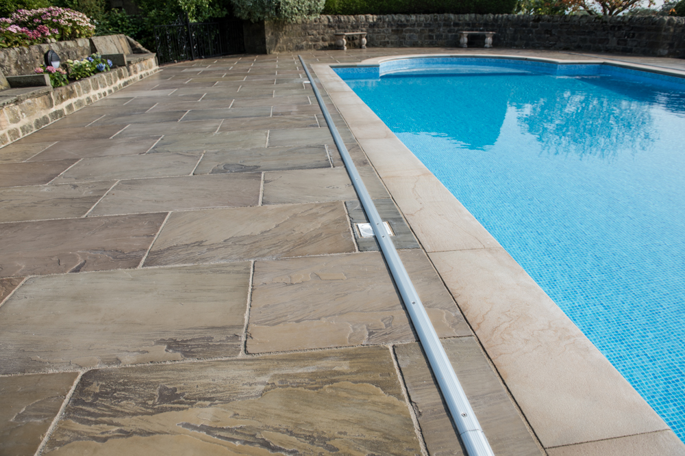 yorkshire-pro-paving-swimming-pool-askwith-jane-beadnell-photography-sml37