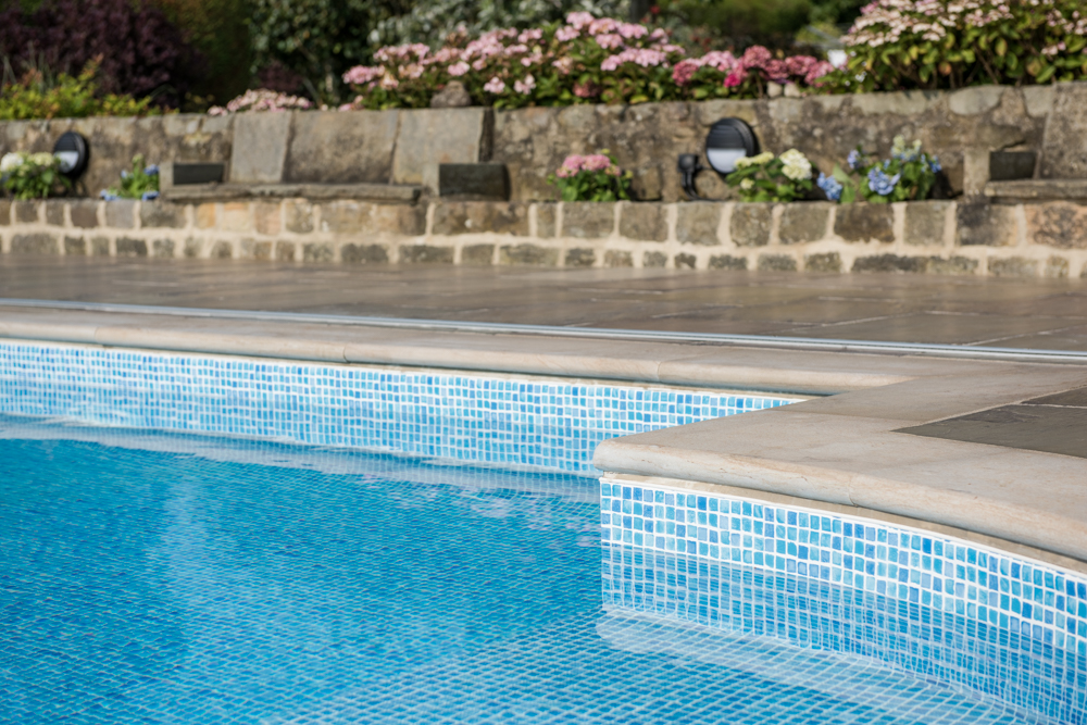 yorkshire-pro-paving-swimming-pool-askwith-jane-beadnell-photography-sml48